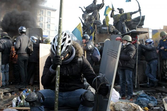Втома, біль, сподівання. Майдан Незалежності, 19.02.2014