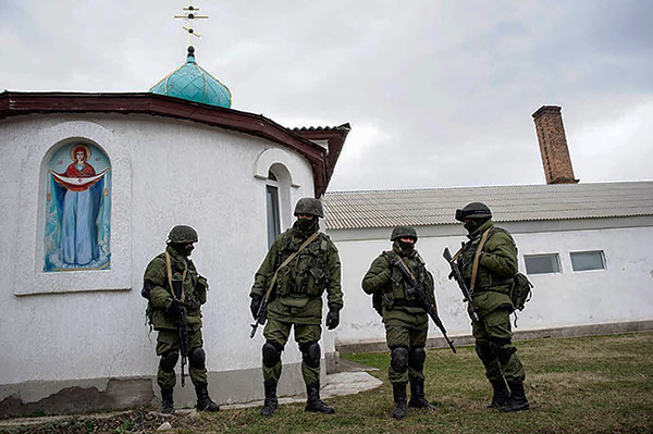 Crimea Ukraine church temple russian force army @MVasin Крым и религиозные права