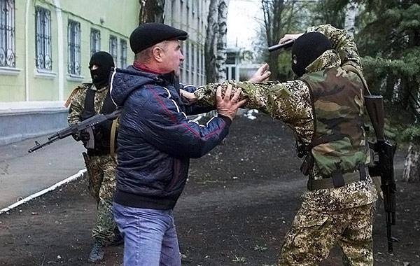 Мать зверски замученного российскими террористами студента Юрия Дяковского опознала сына только по шраму - Цензор.НЕТ 9627