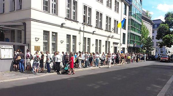2-Berlin-presidential-elections-Ukraine-2014