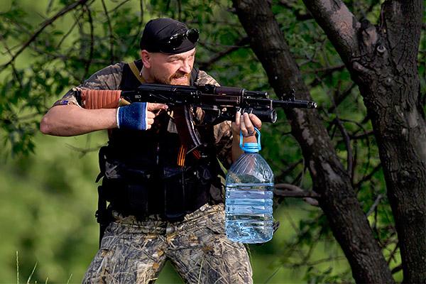 7-Donetsk-Donbass-Ukraine-Kadyrovtsy-gunmen-terrorist