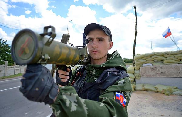3-Donbas-ROA-militants-Russian-separatist-gunmen