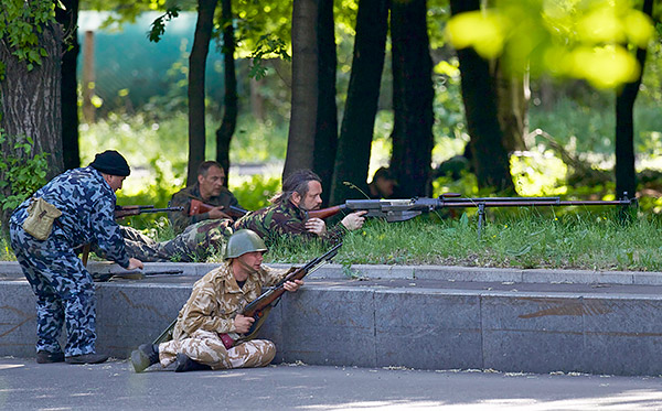 5-Donetsk-Donbass-Ukraine-Kadyrovtsy-gunmen-terrorist