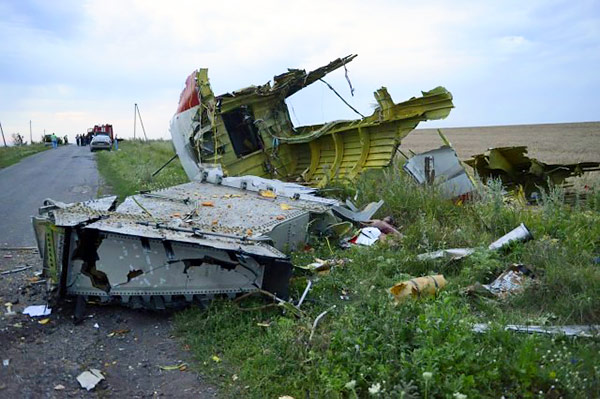 2-MH17-Ukraine-Plane-Crash-russian-terrorism